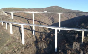 Fomento inicia las obras de conservación de los viaductos de la A-6 de Ruitelán y As Lamas en Vega de Valcarce