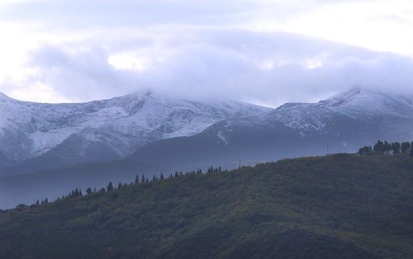 Primera nevada del otoño en las montañas del Bierzo
