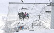 León y Asturias aplicarán de forma conjunta beneficios a sus esquiadores sin llegar a fusionar las estaciones