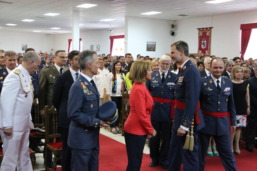 El Rey visita la Academia Básica del Aire (II)