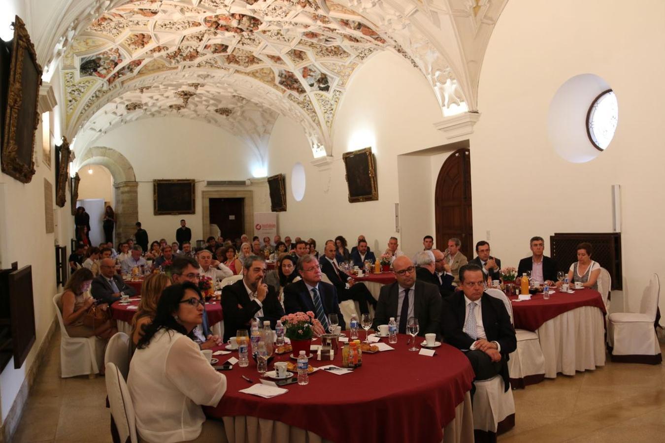 La consejera de Turismo asiste a los encuentros de leonoticias