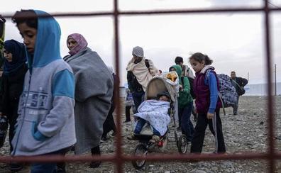 Más de 26.000 niños refugiados continúan atrapados en los Balcanes