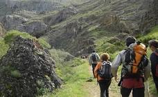 Folgoso de la Ribera concluye la señalización sus 35 kilómetros de rutas de senderismo