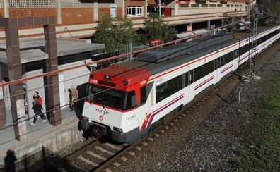 Una pequeña explosión en un Cercanías de Madrid provoca el caos entre los pasajeros