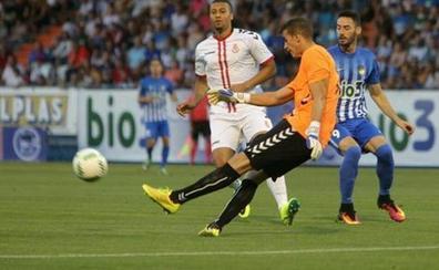 Leandro firma por el Villanovense