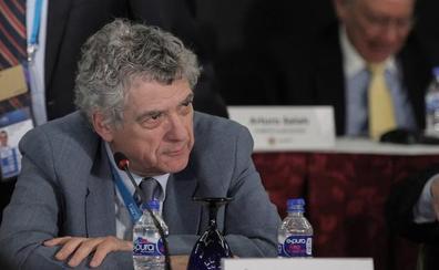 El juez pone una fianza de 300.000 euros a Ángel María Villar