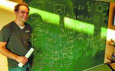 «En España se puede contar la física de forma más interesante»