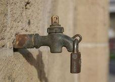 La sequía obliga a mover 400.000 litros de agua en camiones para los vecinos de siete pueblos de la provincia de León