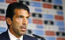 Buffon: «En la final de la Euro jugaron sin delantero y nos hicieron cuatro»
