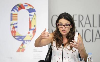 Mónica Oltra sufre un escrache en su casa por un grupo de extrema derecha