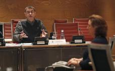 El leonés Luiz Aznar y Monedero se enzarzan en el Senado por la financiación de Podemos