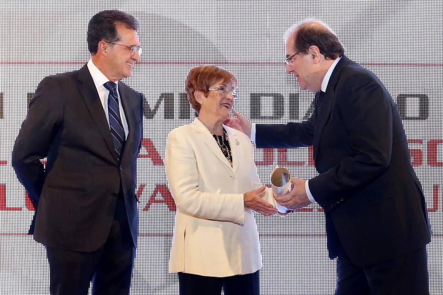 Alfaem recibe el XII Premio al Desarrollo Social y de los Valores Humanos