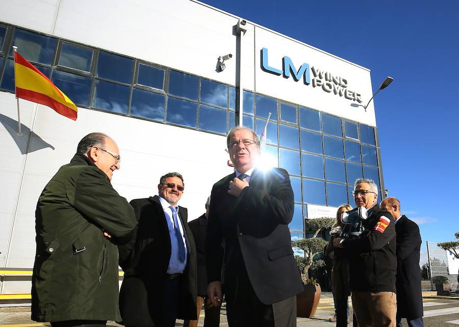 Herrera visita LM Wind Power