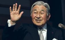 El emperador de Japón abdicará en abril de 2019