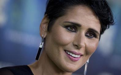 Rosa López: «Me pienso autoinvitar a la boda de Bisbal»