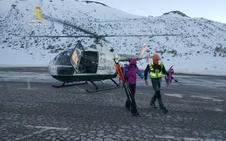 La Guardia Civil rescata a dos montañeros extraviados en el Puerto de San Isidro