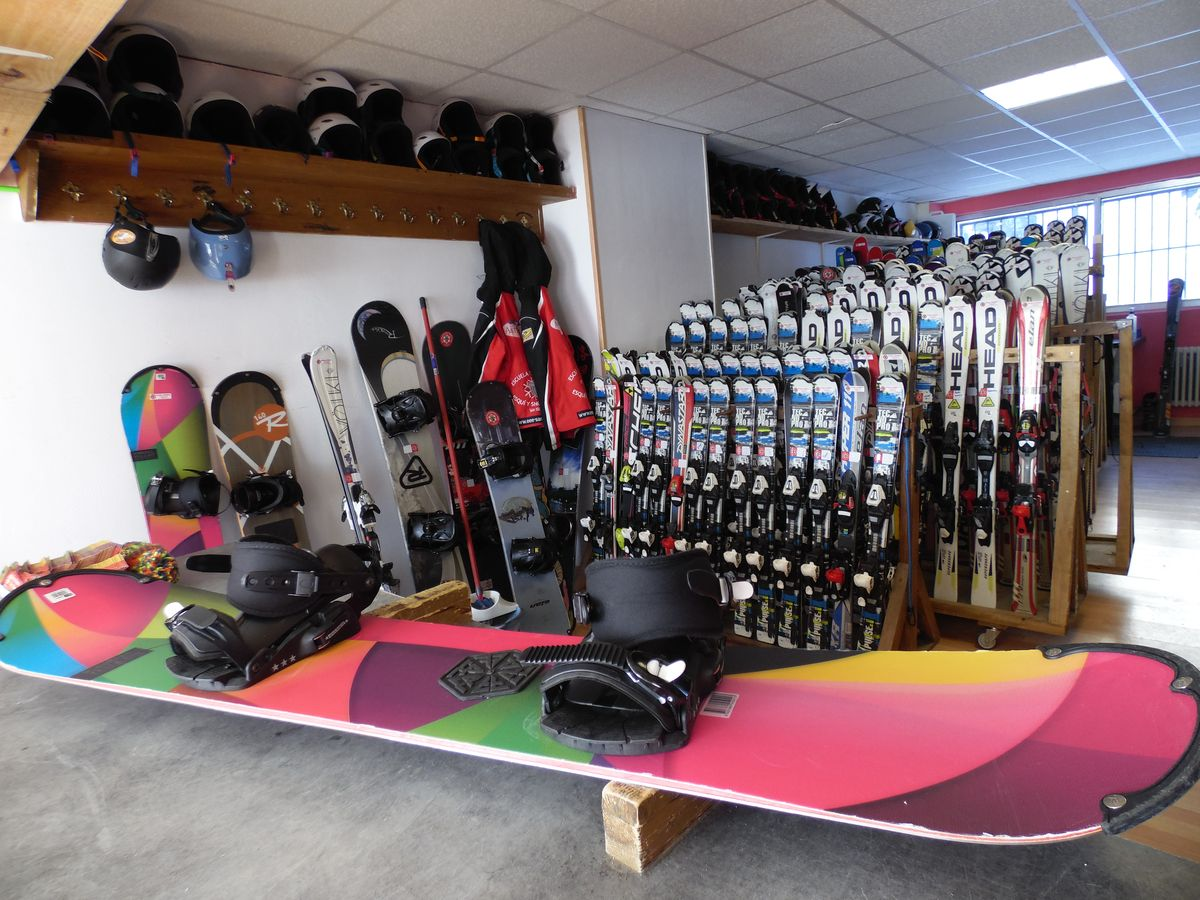 Escuela Española de Esquí de San Isidro