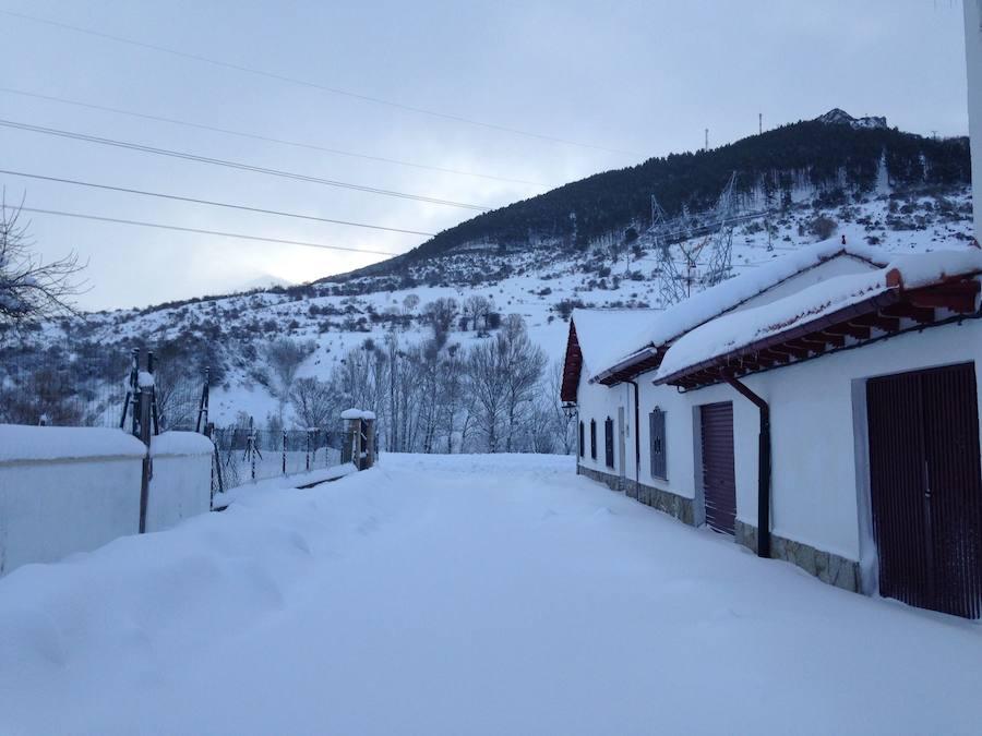 Villamanín, bajo un manto blanco