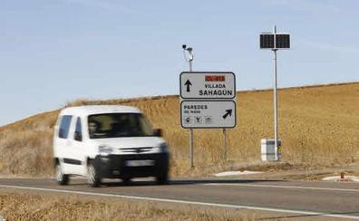El número de radares fijos en Castilla y León ha aumentado de 42 a 67 en seis años