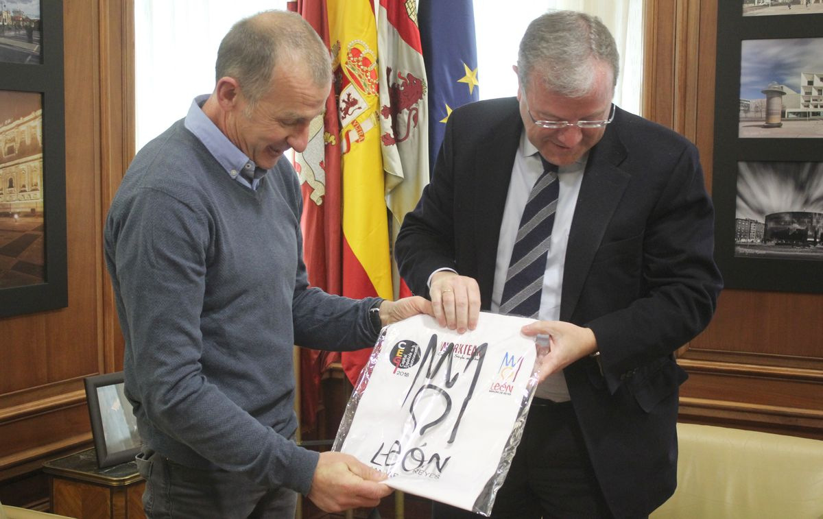 Silván recibe a Ramón Gutiérrez