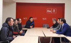 El PSOE tiende la mano a los empleados de Aucalsa para reunirse con el director general de carreteras