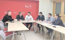 El PSOE de León apoya las reivindicaciones sociolaborales de los guardias civiles