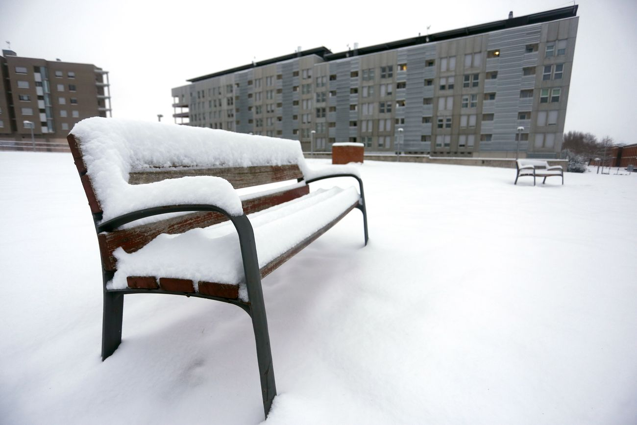 Sal y nieve en León