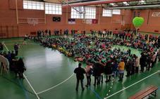 Casi 600 personas participaron en el 'abrazo' más solidario en apoyo a la investigación de las Enfermedades Raras