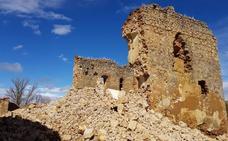La lluvia y el viento provocan el derrumbe del castillo de Alcuetas, en estado de ruina