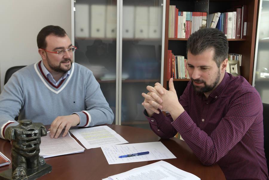 Reunión de trabajo de Adrián Barbón y Luis Tudanca