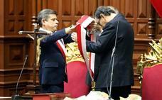 Vizcarra promete una firme lucha contra la corrupción como nuevo presidente de Perú