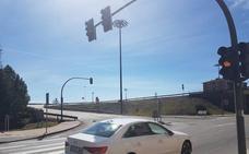 Villaquilambre solicita al Ayuntamiento de León el arreglo del semáforo ubicado en el acceso a Navatejera desde la Ronda