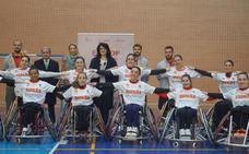Teresa Mata aplaude el ejemplo de las selecciones de baloncesto en silla de ruedas