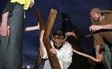 Jiménez de Jamuz celebra el Vía Crucis viviente que estrenó en 1976