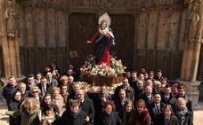 Bendición del trono de Nuestra Señora de la Luz