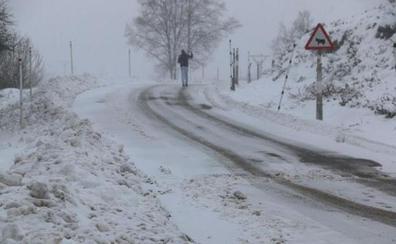 La nieve complica el tráfico en tramos de la red principal de la provincia de León