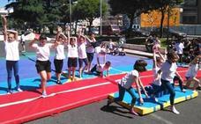 Las EDM de ajedrez, boxeo olímpico, gimnasia rítmica y tenis de mesa 'entrenan en la calle' a 260 niños