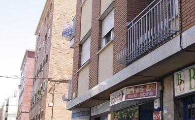 Fallece un joven cuando intentaba entrar a su casa por una ventana en el barrio de San Bernardo de Salamanca