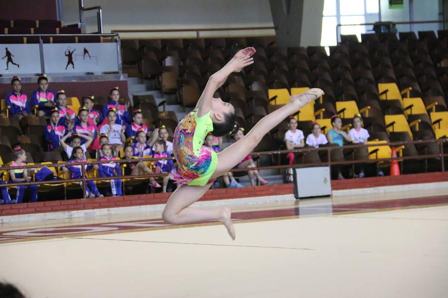 Torneo de gimnasia en el Palacio de Deportes