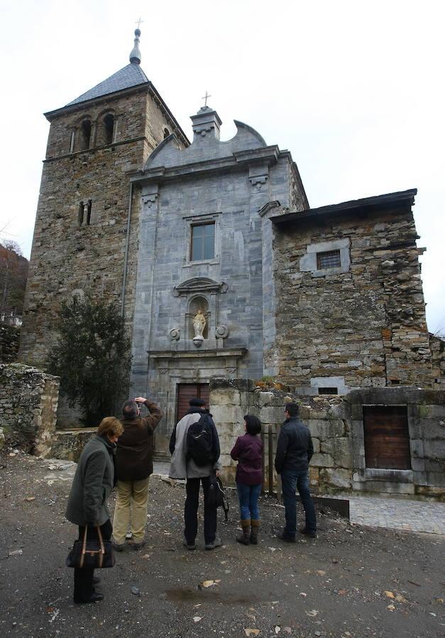 Las excavaciones en la iglesia del monasterio de San Pedro de Montes