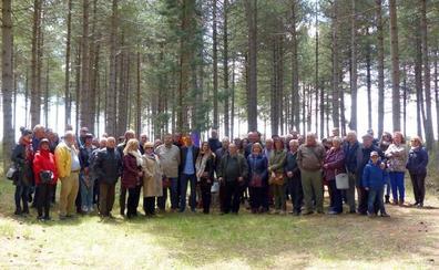 Un centenar de personas se citan en El Rabizo para recordar a los represaliados de la Guerra Civil