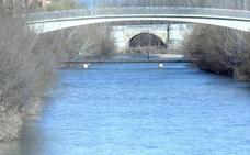 La ciudad de León contará con su primer coto urbano de pesca en el río Bernesga