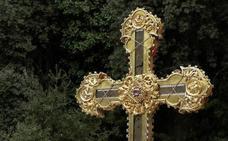 Los jóvenes papones de León venerarán la Lignum Crucis