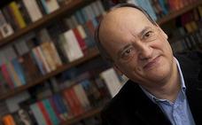 Gustavo Martín Garzo presenta en la Feria del Libro de León su novela 'La ofrenda'