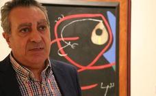 El poeta y escritor Adolfo Alonso ensalza la improvisación para «contar historias y leyendas» con «calidad literaria»