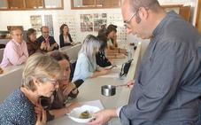 Celebrado con éxito un taller de 'Cocinandos' sobre las legumbres en la Escuela de Agrícolas