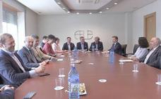 El PSOE y los empresarios piden un «grupo de presión leonés» que trabaje por proyectos para la provincia
