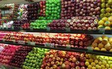 La 'pillería' al pesar la fruta que hace perder millones a los supermercados