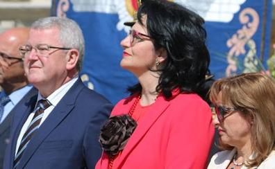 La subdelegada del Gobierno en León lamenta su «salida abrupta» pero se va «muy contenta» con su trabajo