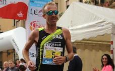 Sergio Sánchez vuela en la Media Maratón de Ribeira